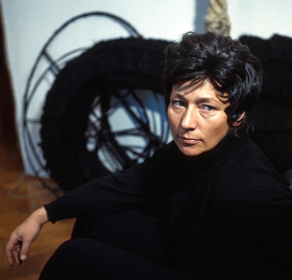 Magdalena Abakanowicz, 1972, fot. Andrzej Wiernicki/ culture.pl